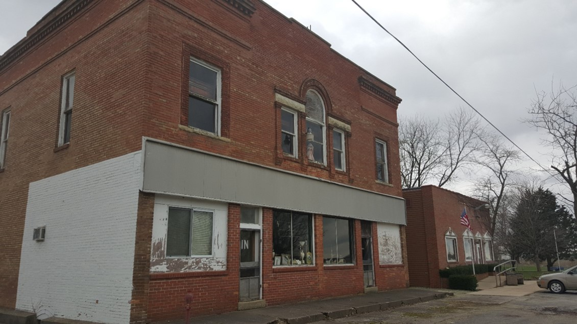 Maguire General Store & Post Office in Campus IL